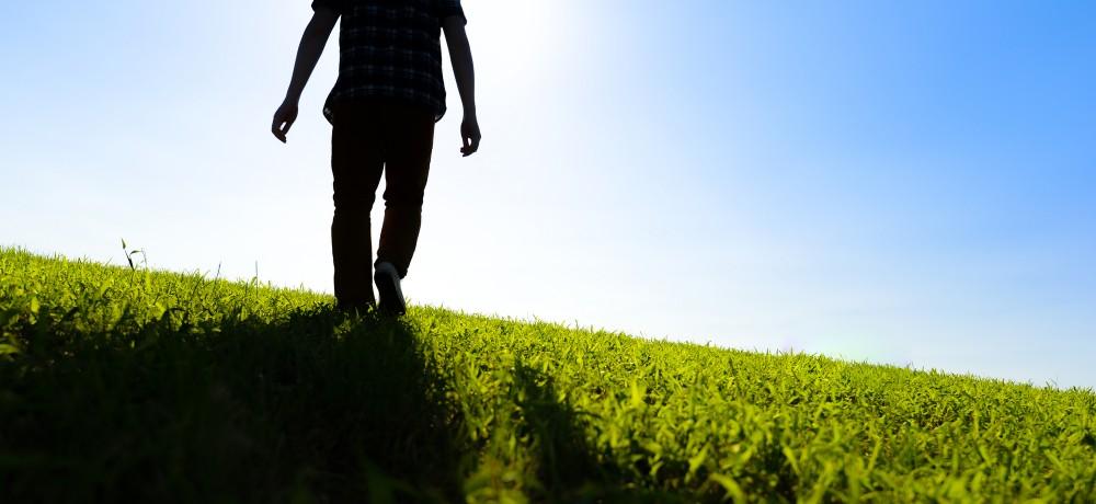 幸せは自分でつくるもの?哲学者アラン「幸福論」